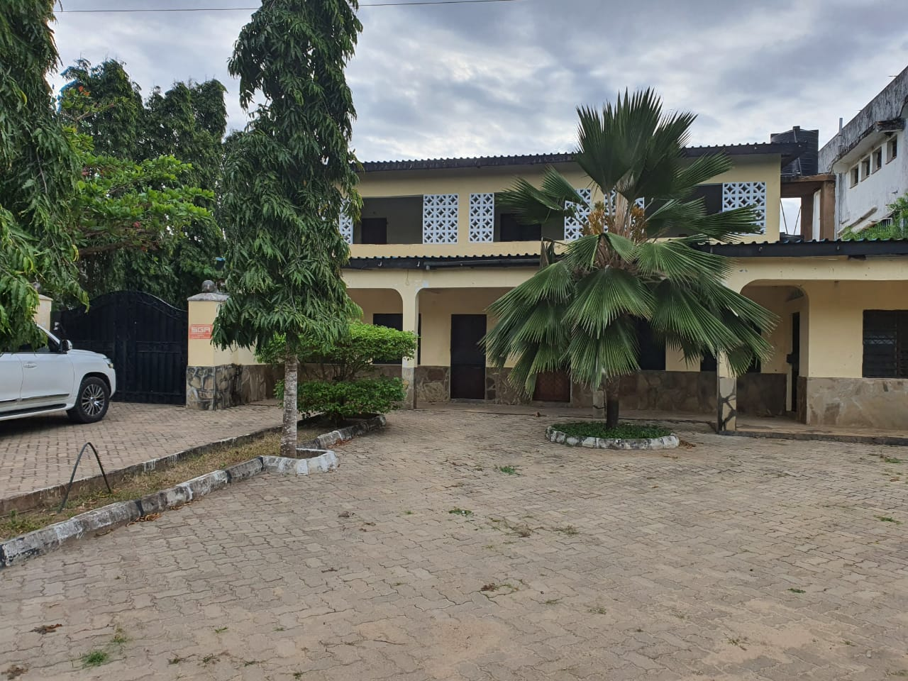 A PRIME DOUBLE STOREY RESIDENTIAL HOUSE WITH A GUEST ROOM BLOCK AND A SHOP BLOCK IN GALANA AREA, DIANI, KWALE COUNTY